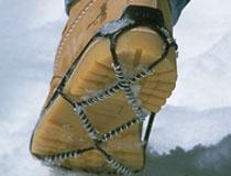 Antislipzolen, hakken en sneeuwkettingen