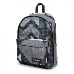 Eastpak Out Of Office rugzak black clash